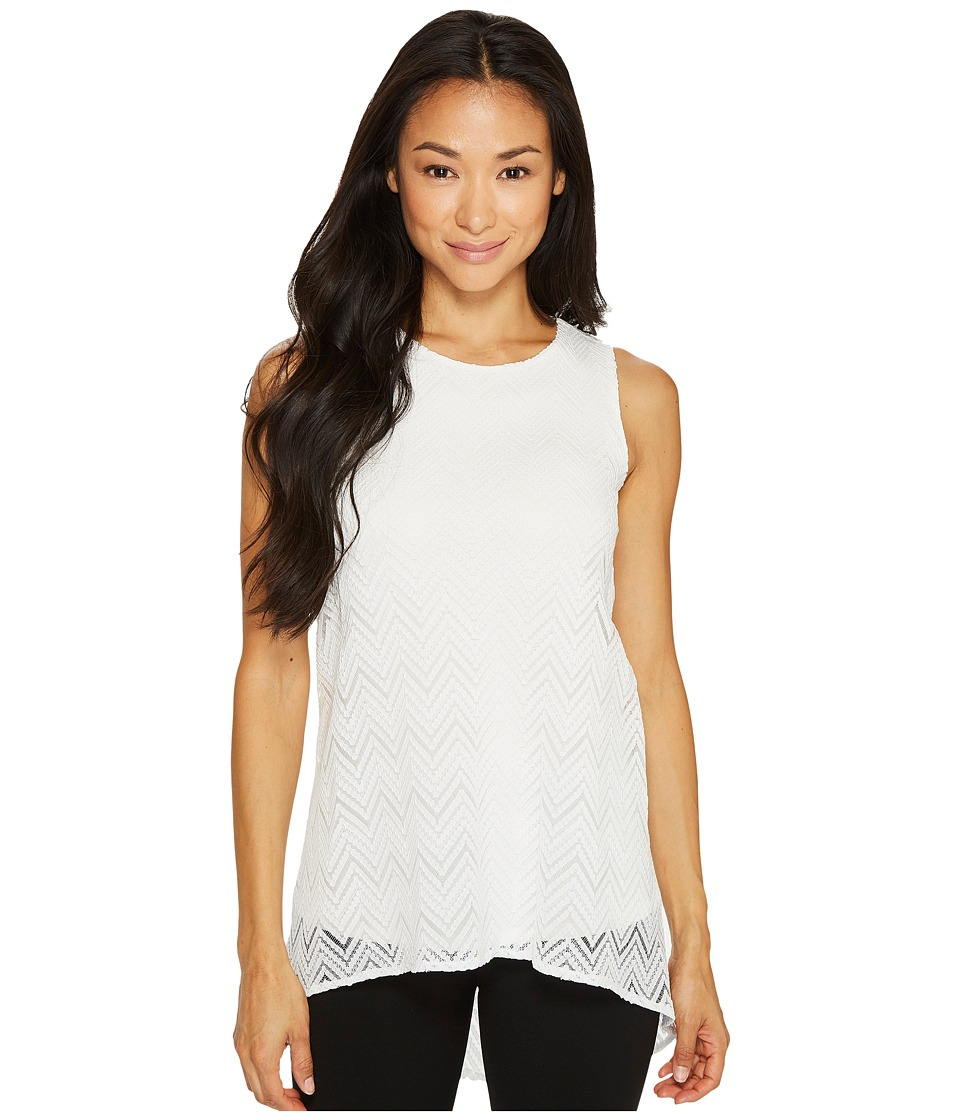 Vince Camuto Specialty Size - Petite Sleeveless Herringbone Lace High-Low Hem Blouse (New Ivory) Women's Blouse