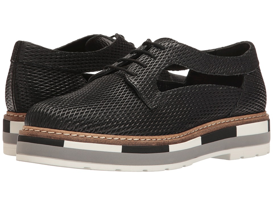 Summit by White Mountain Bexley (Black Textured Leather) Women