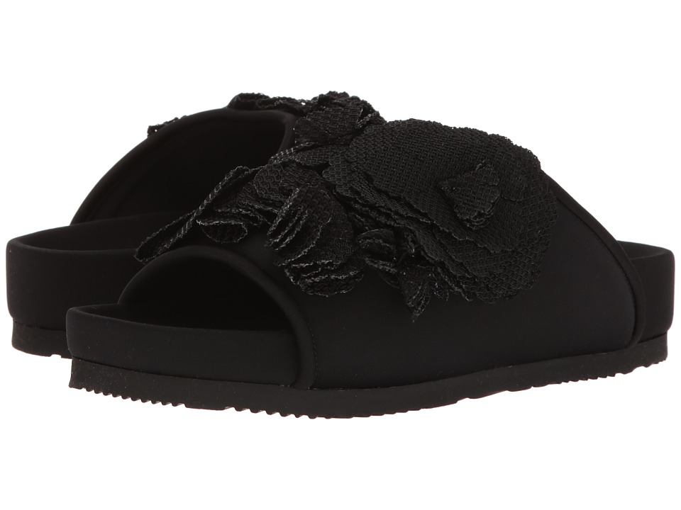 Suecomma Bonnie - Flower Detailed Flat Sandal (Black) Women's Sandals