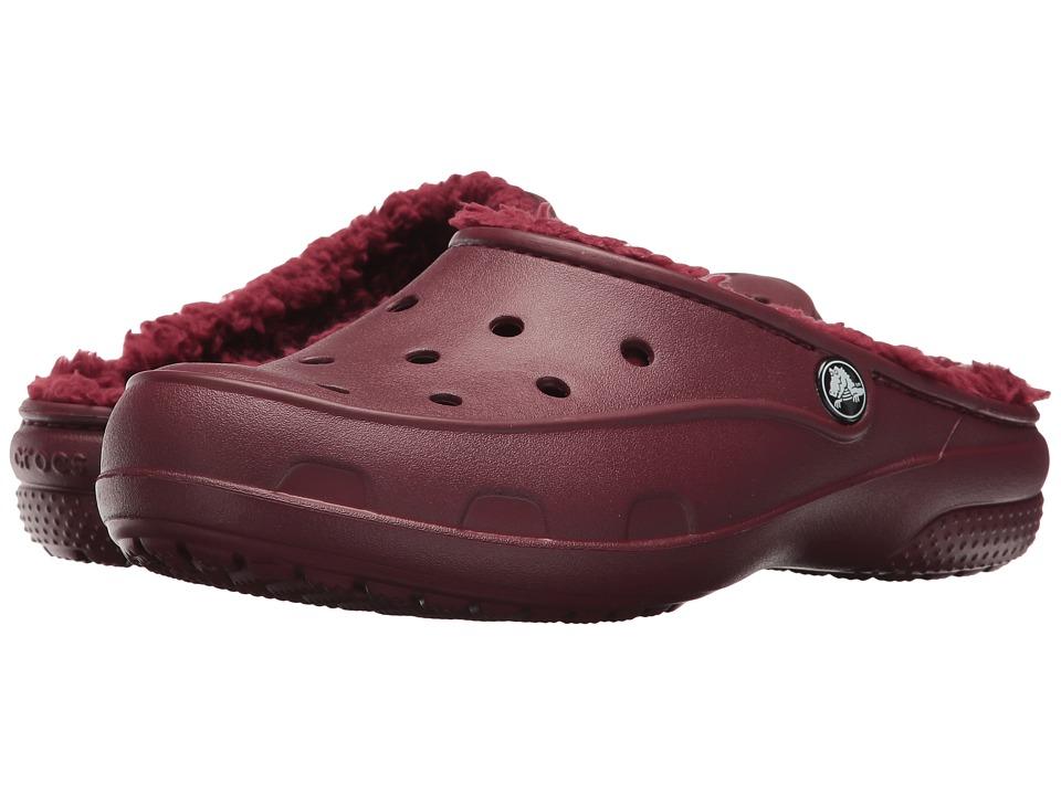 Crocs Freesail Plush Lined Clog (Garnet) Women