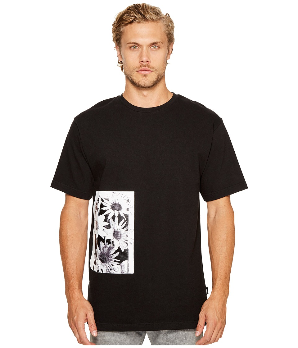 Publish - Daisy Page Print T-Shirt (Black) Men's Clothing