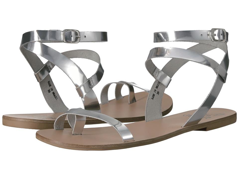 Warm Creature - Esme (Silver) Women's Sandals
