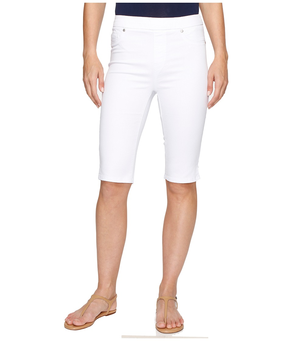 Tribal - Pull-On 13 Bermuda Dream Short in Soft Touch Denim (White) Women's Shorts