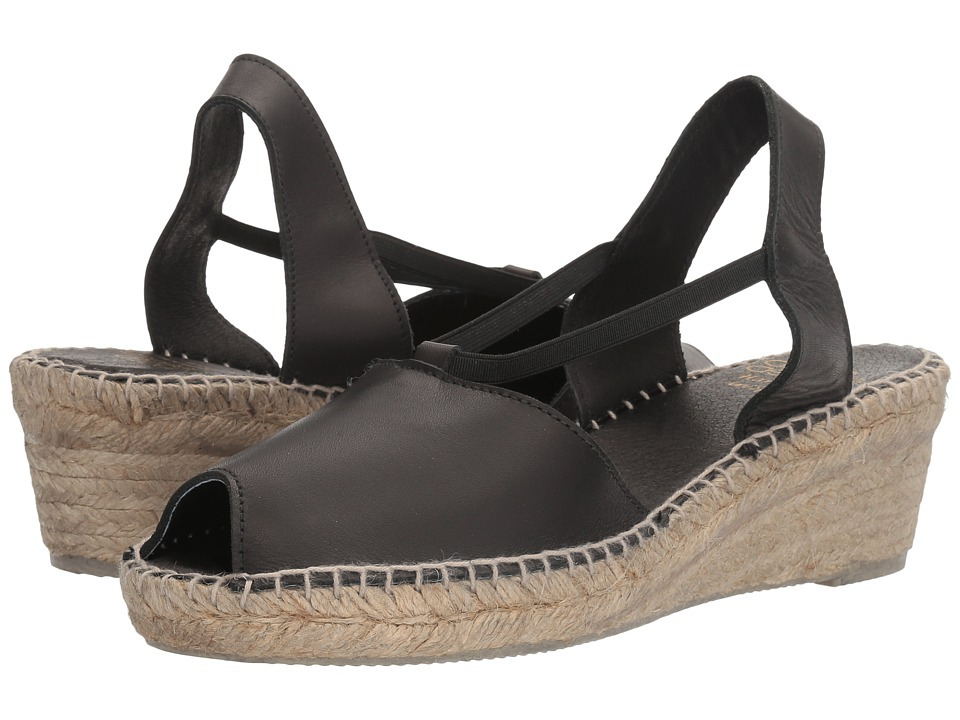 Andre Assous - Dainty (Black Swan Leather) Women's Sandals