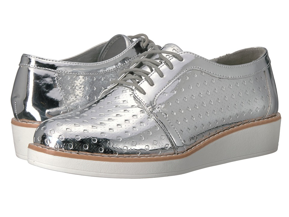 Fergalicious - Everly (Silver) Women's Shoes