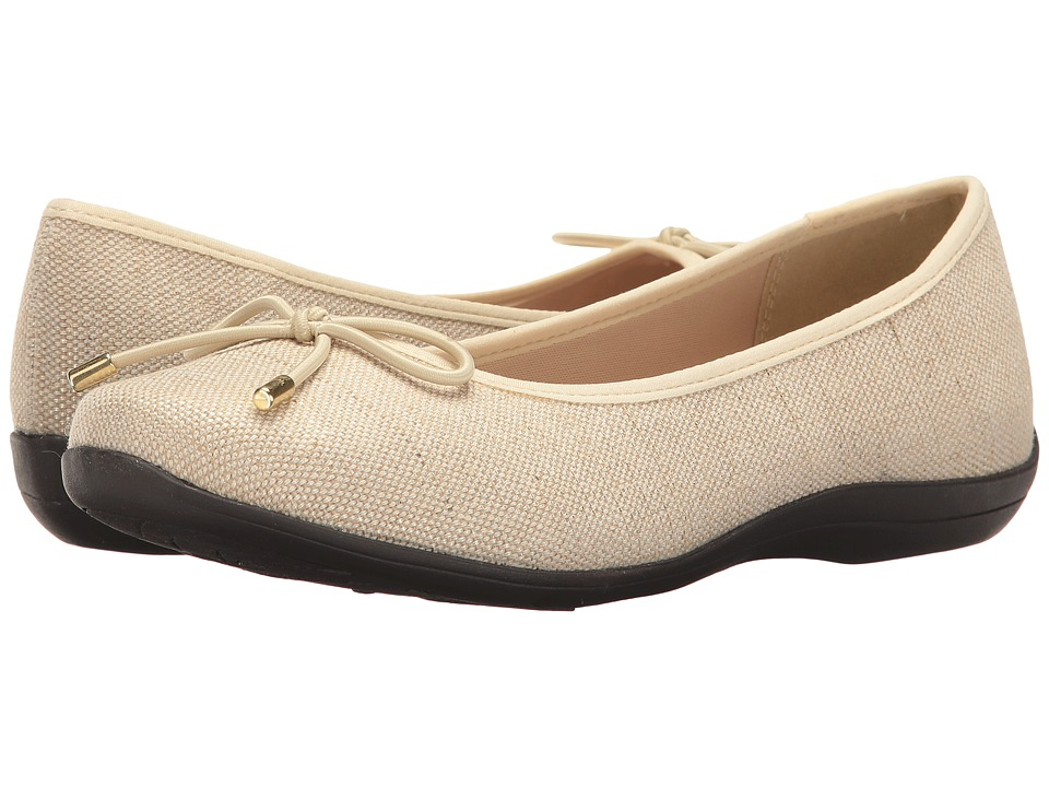 Soft Style Heartbreaker (Natural Sparkle Linen) Women