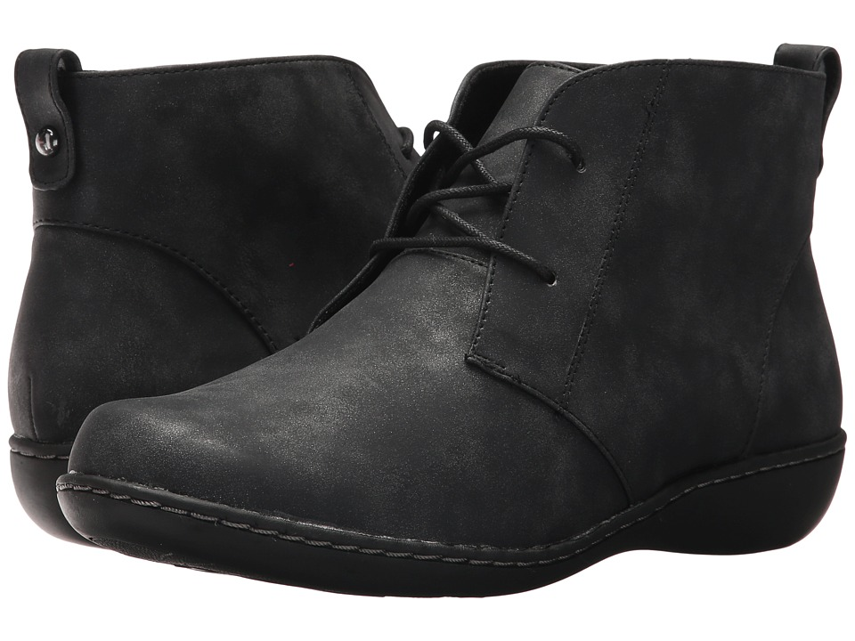 Soft Style Jinger (Black Evening Nubuck) Women