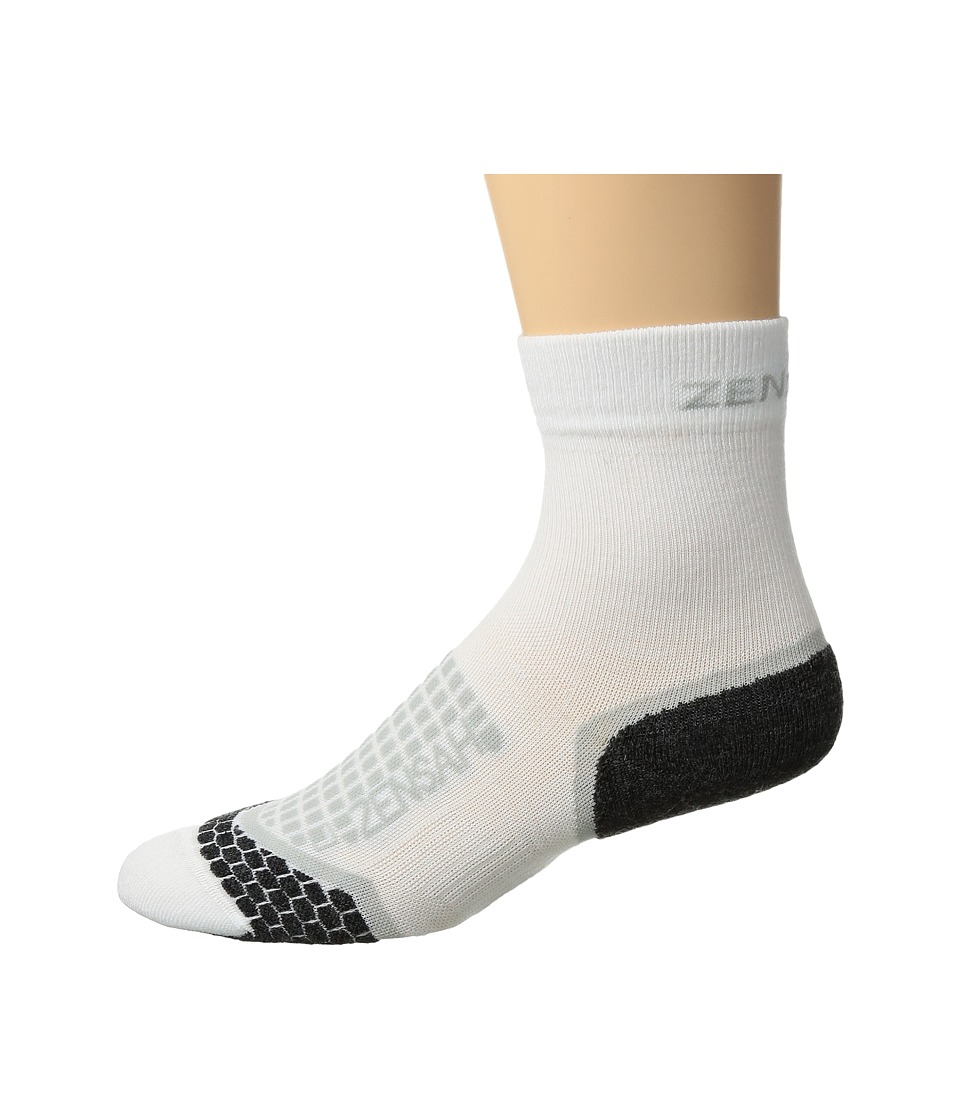 Zensah - Grit Running Socks Crew (White) Crew Cut Socks Shoes