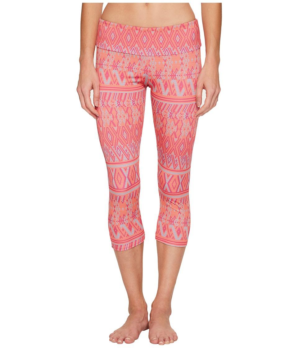 Onzie - Capri Pants (Dusk Black) Women's Casual Pants
