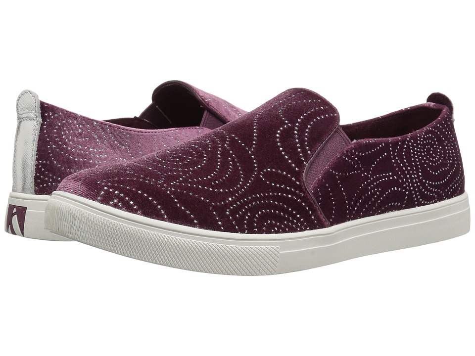 SKECHERS Street - Moda - Rosie (Plum) Women's Slip on Shoes