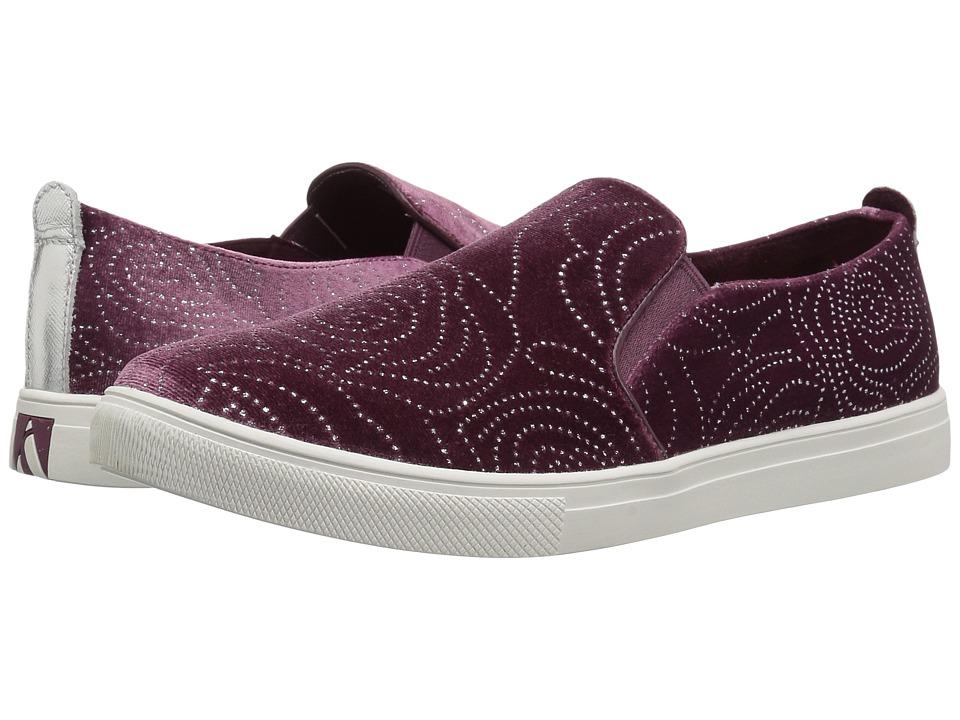 SKECHERS Street - Moda - Rosie (Plum) Women's Slip on Shoes