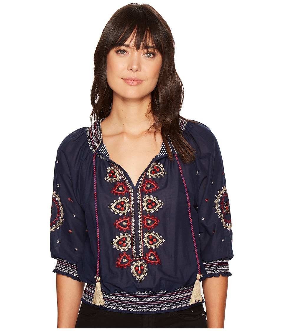 ROMEO & JULIET COUTURE - Smocking Neck Embroidered Top (Navy) Women's Clothing