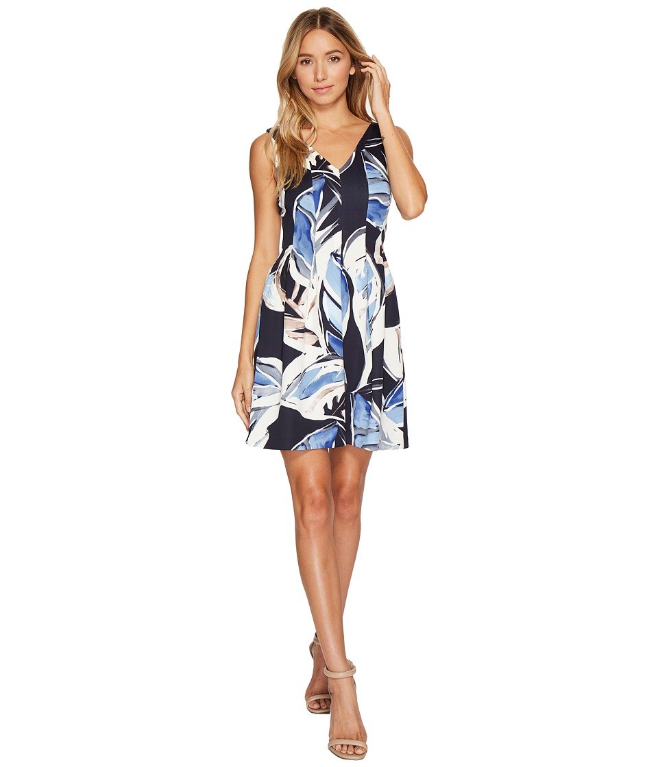 Vince Camuto Printed Scuba V-Neck Back Fit Flare Dress