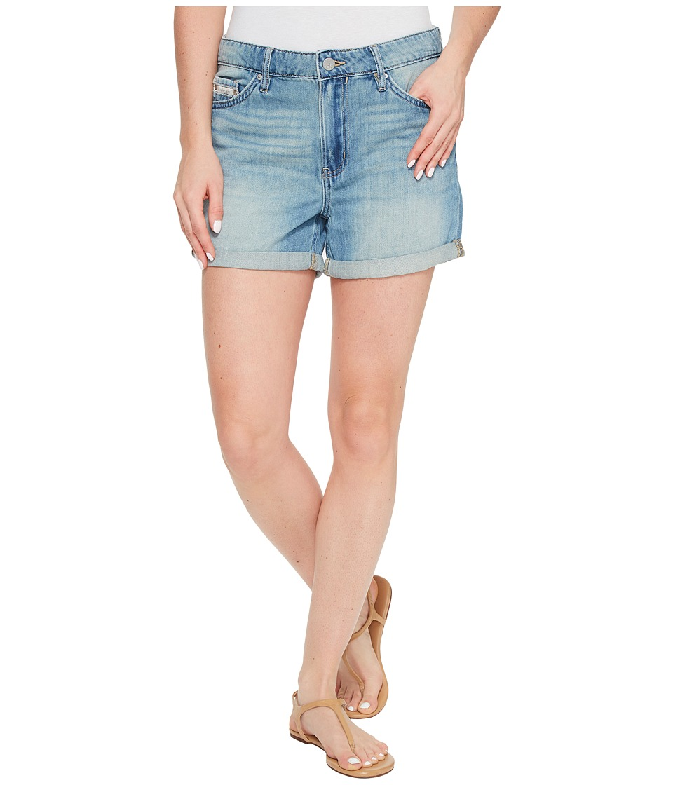 Calvin Klein Jeans - Whisper Weight Boyfriend Shorts in Ocean Mist Wash (Ocean Mist) Women's Shorts