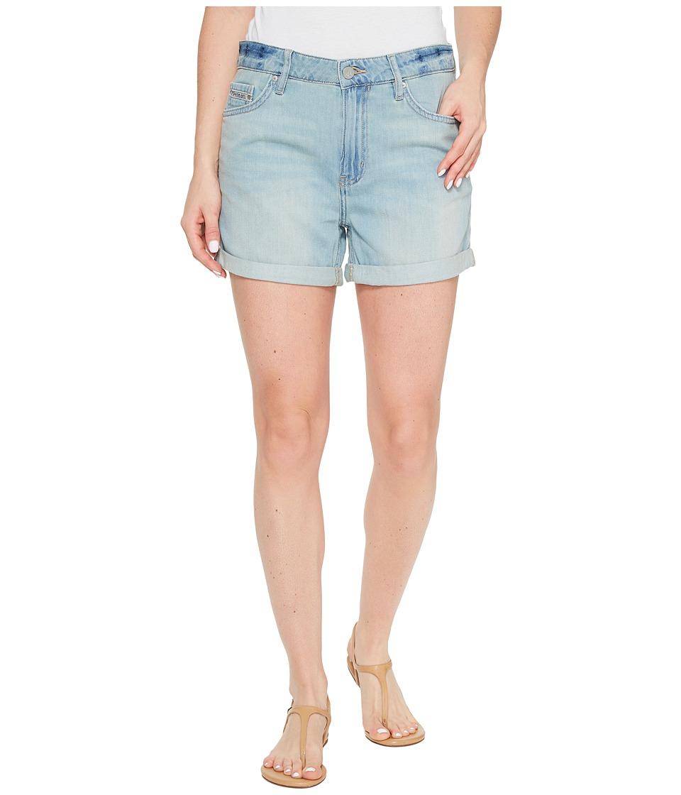 Calvin Klein Jeans - Whisper Weight Boyfriend Shorts in Ocean Bleach (Ocean Bleach) Women's Shorts