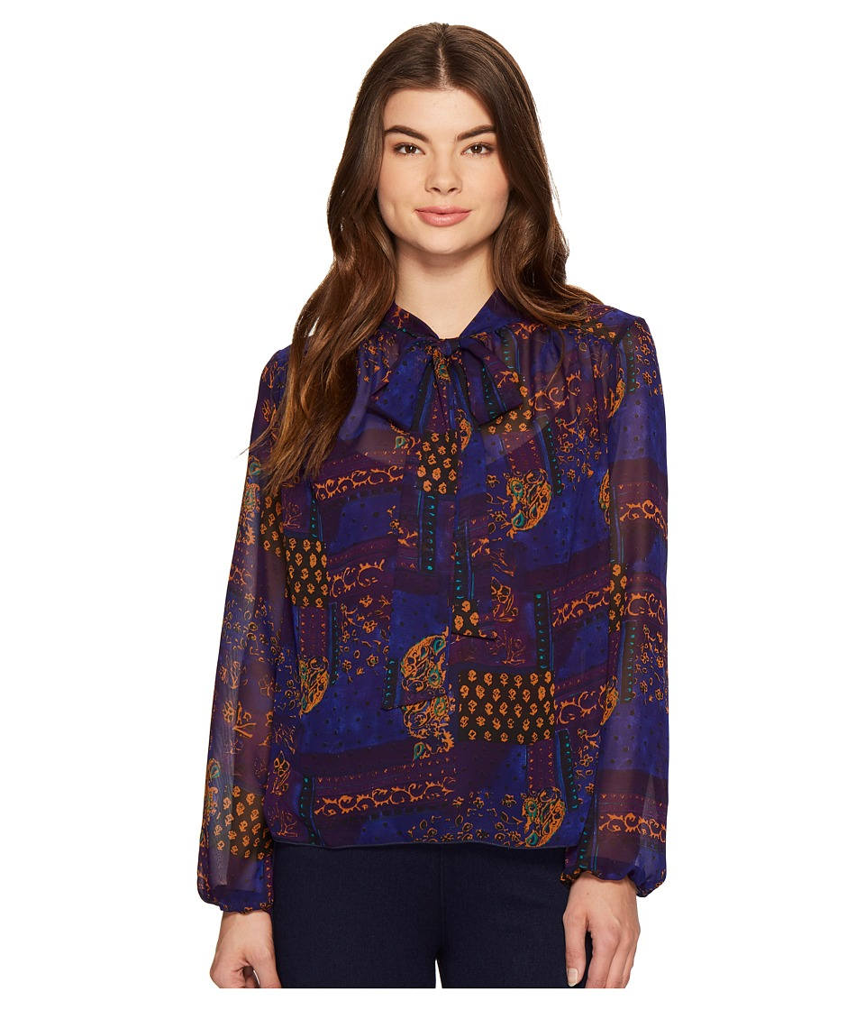 ROMEO & JULIET COUTURE - Printed Neck Bow Top (Purple) Women's Clothing