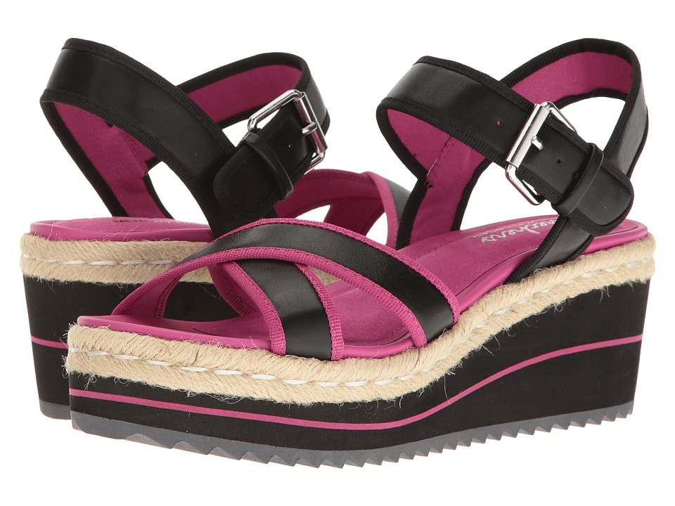 SKECHERS - Heart Breaker (Black/Pink) Women's Sandals