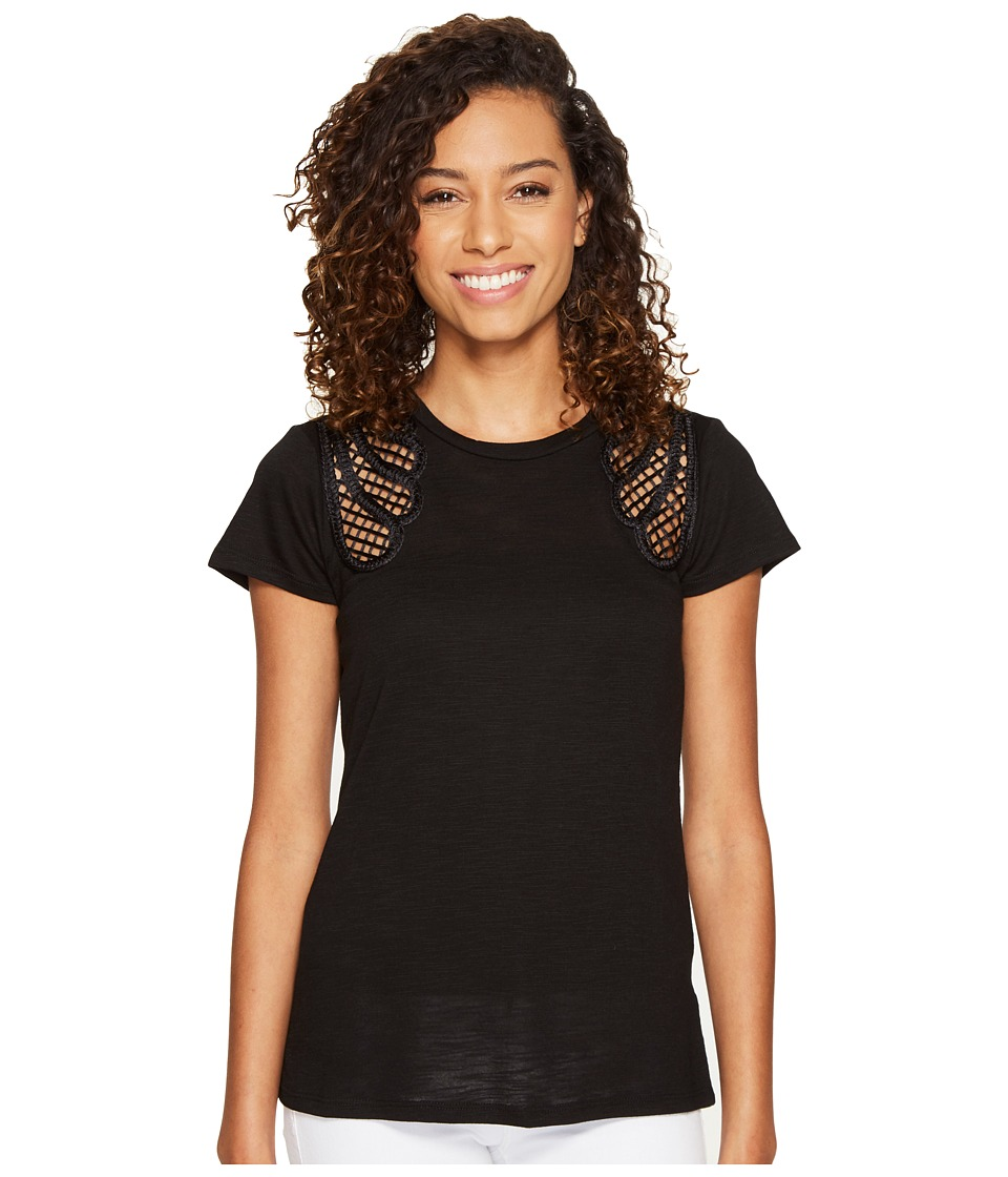 ROMEO & JULIET COUTURE - Short Sleeve Shoulder Lace Top (Black) Women's Clothing
