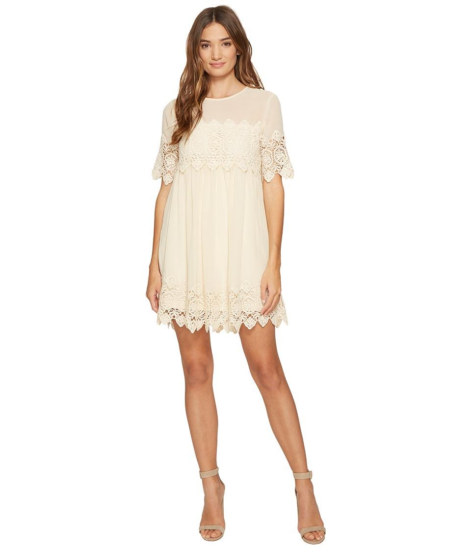 ROMEO & JULIET COUTURE - Crochet Lace Dress with Mesh Neck (Ivory) Women's Dress