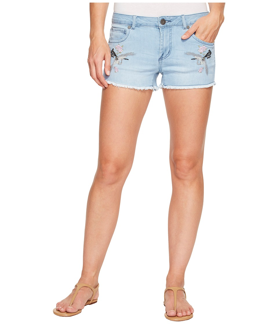 ROMEO & JULIET COUTURE - Bird Embroidered Shorts (Light Denim) Women's Shorts