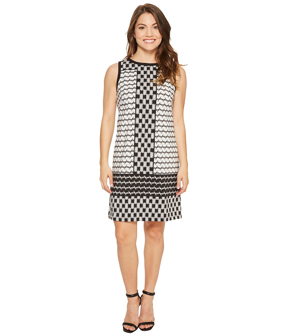 London Times Petite Geo Mis Sleeveless Shift Dress (Black/White) Women