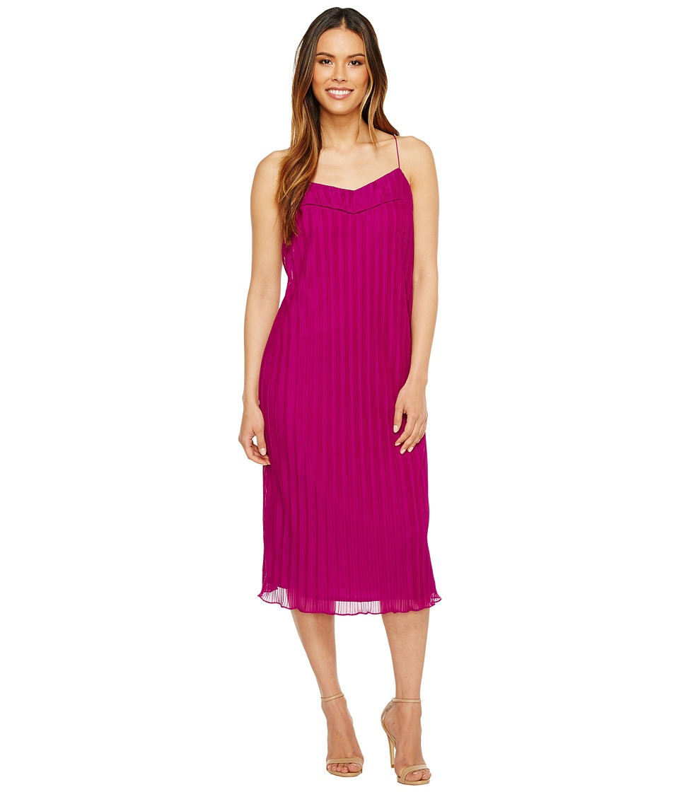Maggy London - Pleated Texture Slip Dress (Berry) Women's Dress