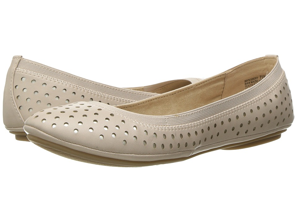 Bandolino - Essery (Light Natural Multi Synthetic) Women's Shoes