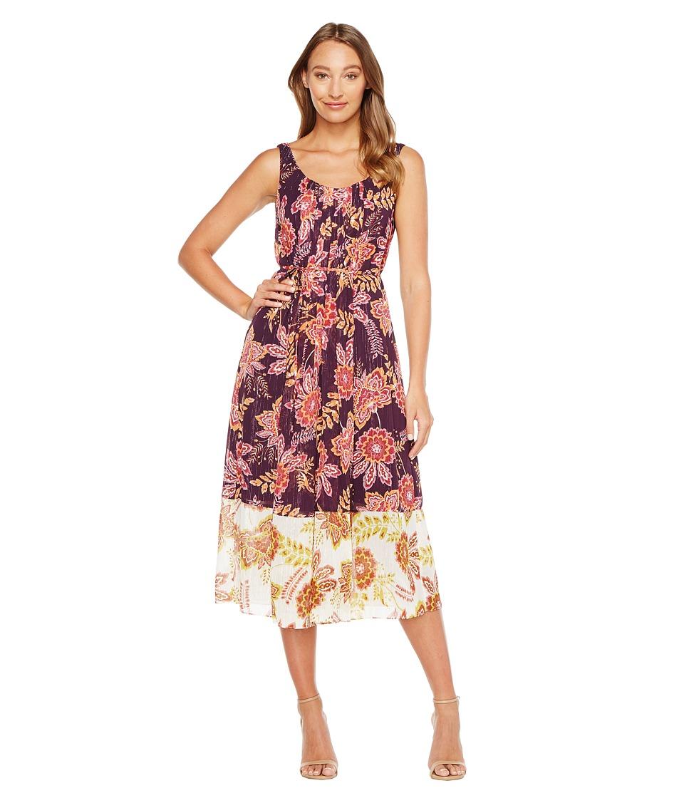 Donna Morgan Pleat Front Chiffon Maxi Dress