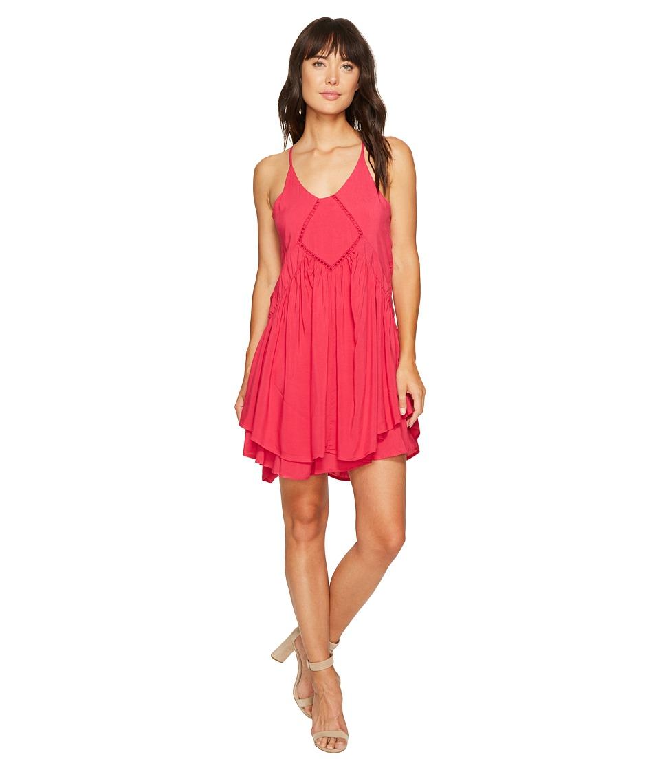 ROMEO & JULIET COUTURE - Crochet Trim Detail Dress (Rose Red) Women's Dress