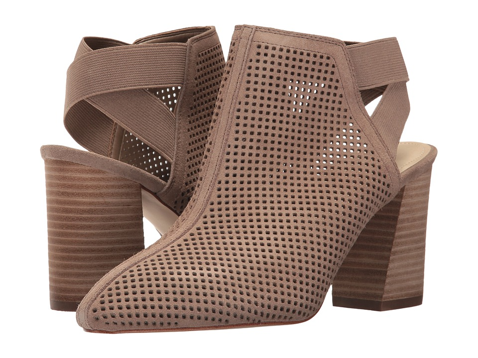 Marc Fisher - Relay (Tan) Women's Lace up casual Shoes