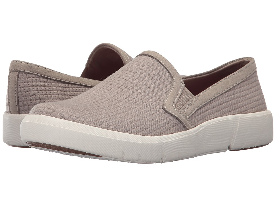 Bare Traps - Beech (Taupe) Women's Shoes