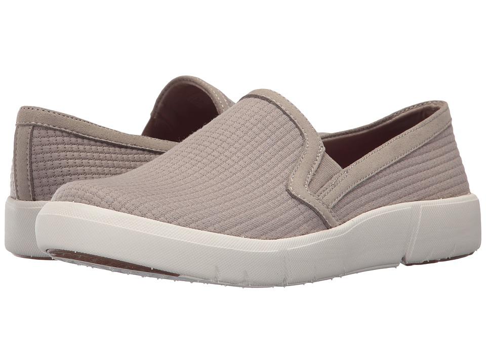 Baretraps Beech (Taupe) Women's Shoes