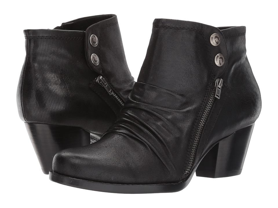 Bare Traps - Rodin (Black) Women's Shoes