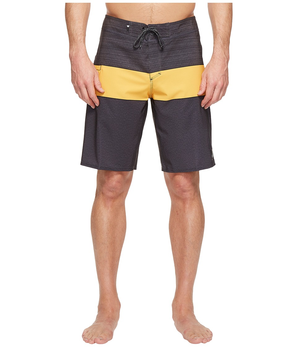 Quiksilver - Everyday Blocked Vee 20 Boardshorts (Tarmac) Men's Swimwear