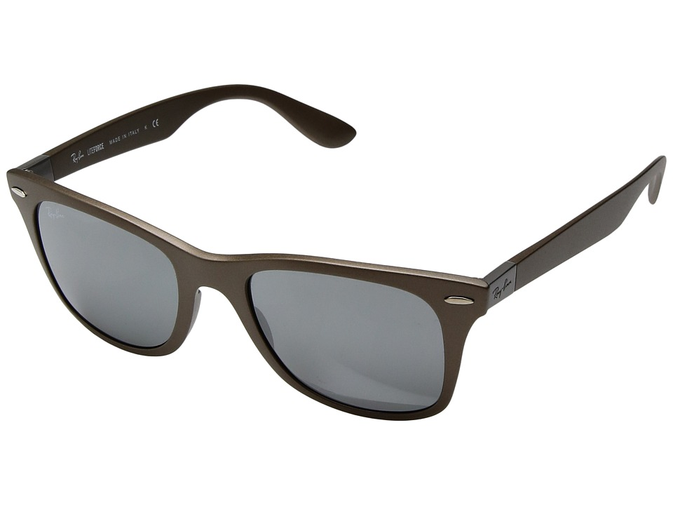 Ray-Ban - 0RB4195 Wayfarer Liteforce (Brown) Fashion Sunglasses