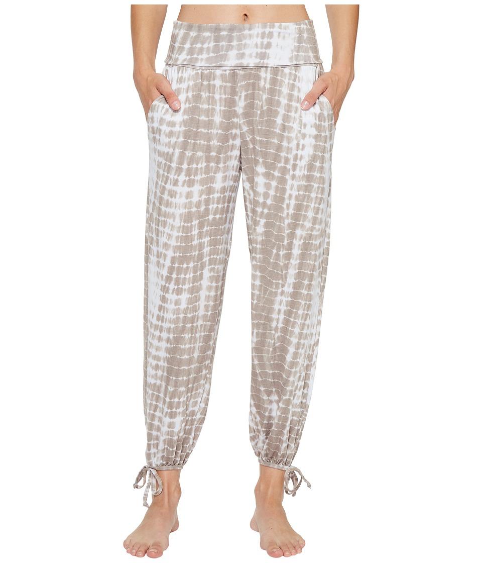 Onzie - Gypsy Pants (Tan Tie-Dye) Women's Casual Pants