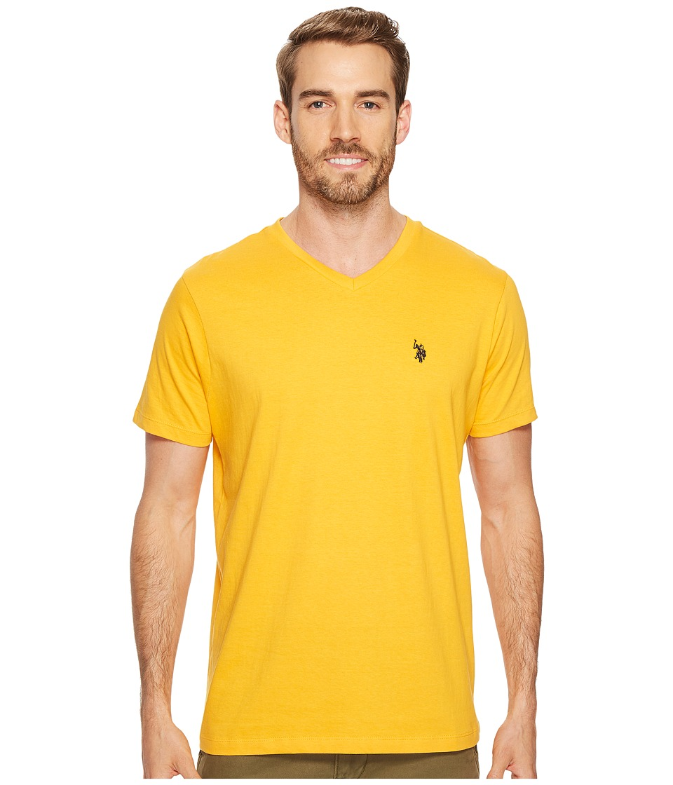 U.S. POLO ASSN. - V-Neck Short Sleeve T-Shirt (Golden Corn) Men's Short Sleeve Pullover