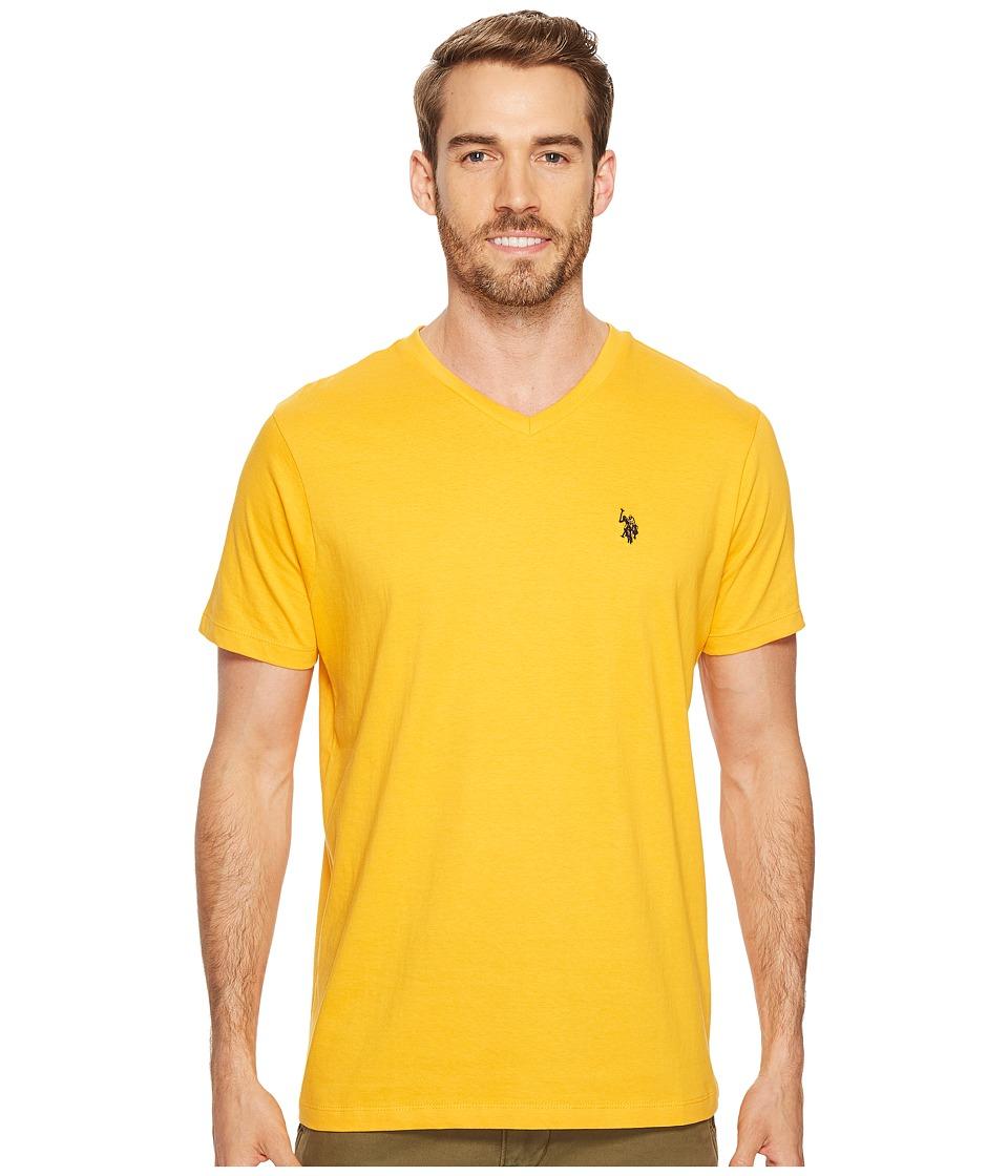 U.S. POLO ASSN. - V-Neck Short Sleeve T-Shirt (Golden Corn) Men's Short Sleeve Pullover