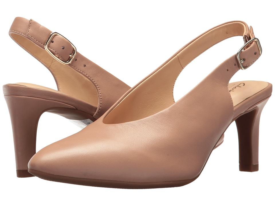 Clarks Calla Violet (Beige Leather) Women