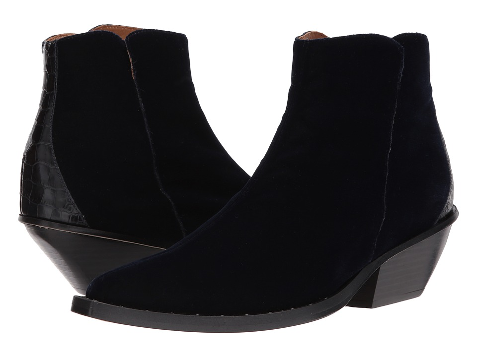 Right Bank Shoe Cotm Who Boot (Midnight) Women