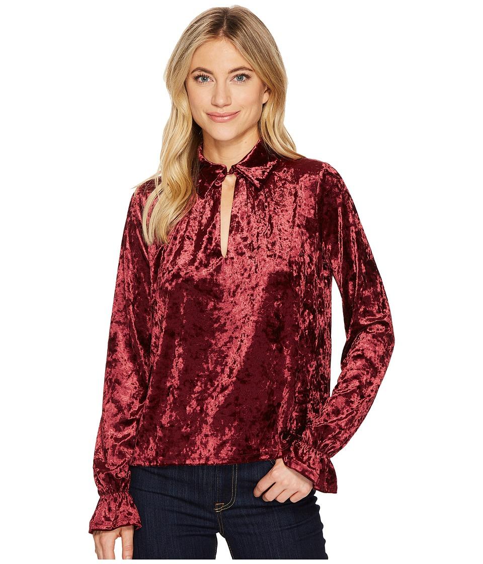 ROMEO & JULIET COUTURE - Knit Crushed Velvet Keyhole Blouse (Burgundy) Women's Clothing