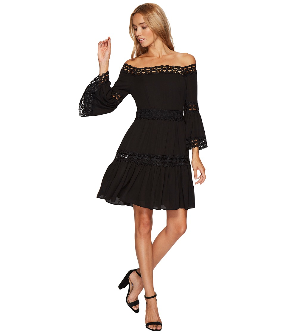 ROMEO & JULIET COUTURE - 3/4 Bell Sleeve Lace Trim Dress (Black) Women's Clothing
