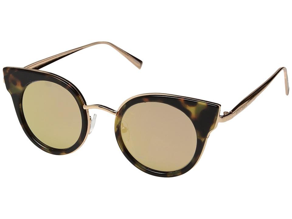 Betsey Johnson - BJ489105 (Milk) Fashion Sunglasses