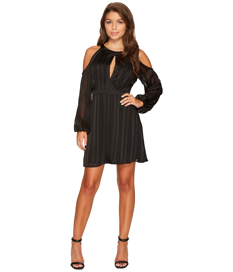 ROMEO & JULIET COUTURE - Cold Shoulder Pleated Dress (Black) Women's Dress