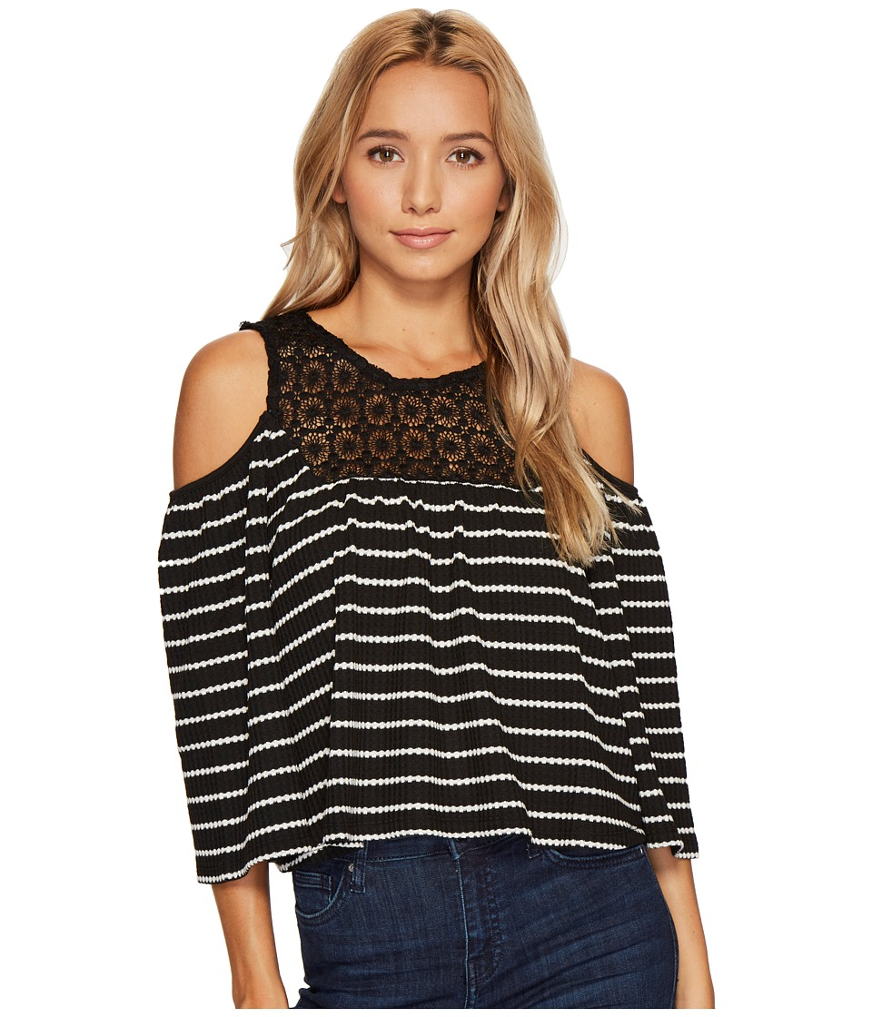 ROMEO & JULIET COUTURE - Cold Shoulder Stripe Top with Lace Trim Neck and Keyhole Back (Black/White) Women's Clothing