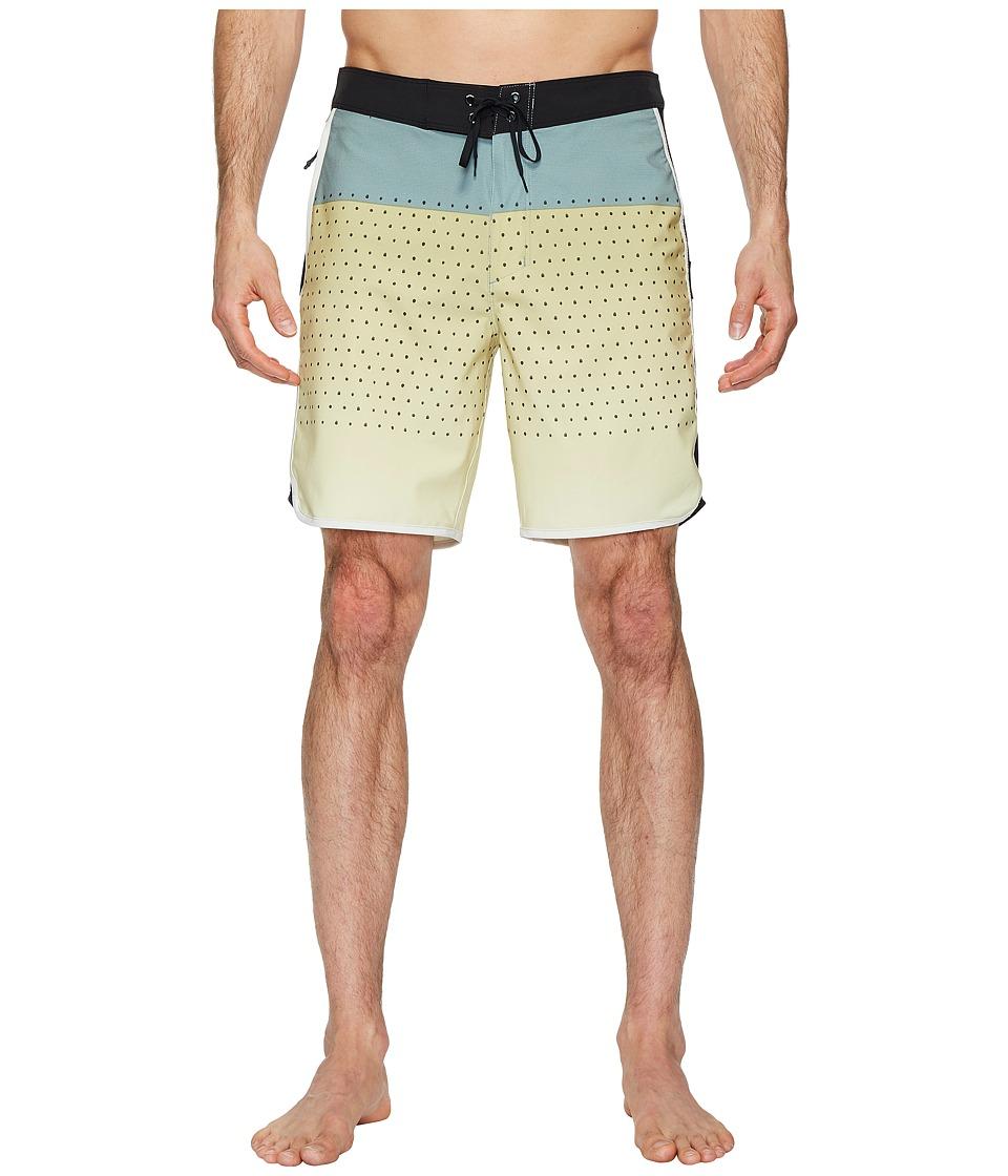 Hurley Phantom Motion Third Reef 18 Boardshorts (Buff Gold) Men