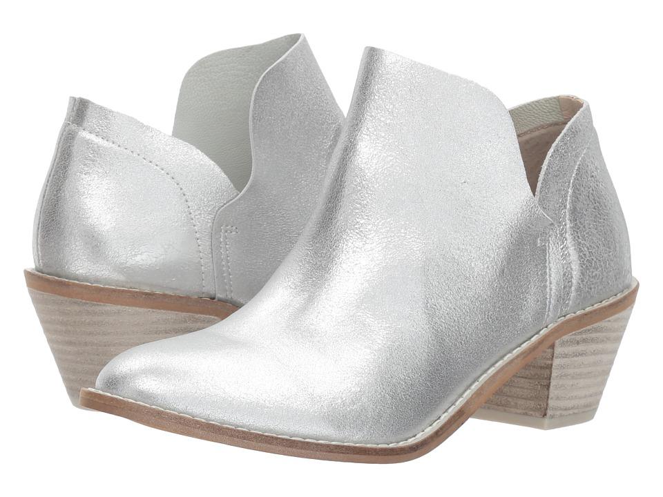Kelsi Dagger Brooklyn Kenmare Ankle Boot (Silver) Women