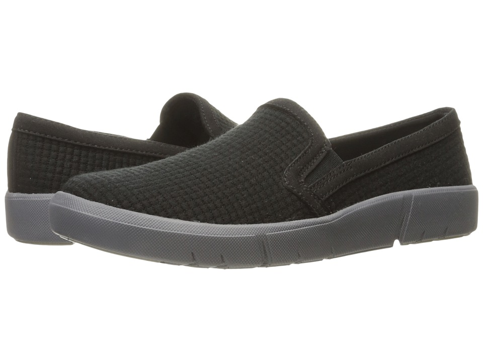 Bare Traps - Beech (Black) Women's Shoes