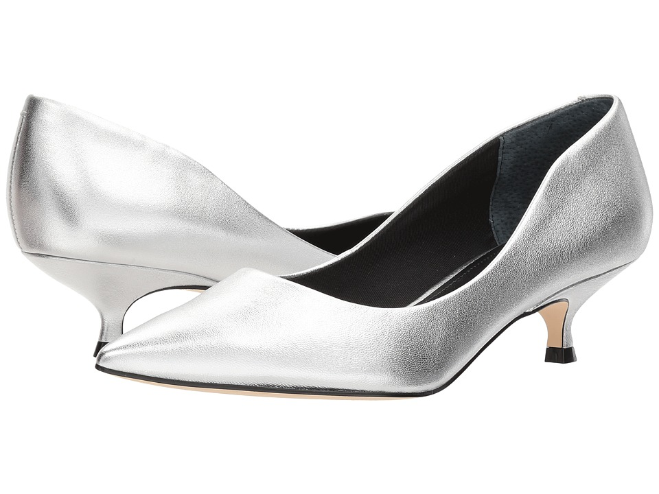 Marc Fisher LTD Xanthe (Silver Leather) Women