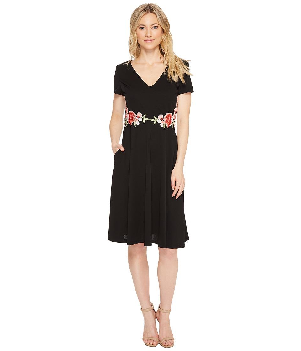 Sangria - Short Sleeve Dress w/ Waist Detailed Embroidery (Black) Women's Dress